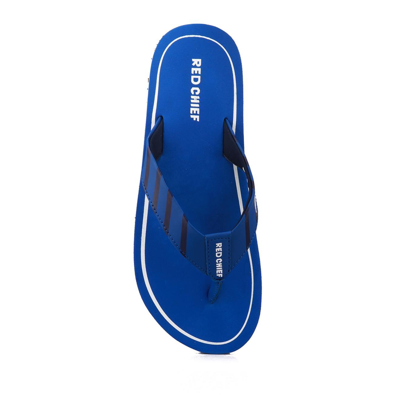 navy blue men's flip flop from behind