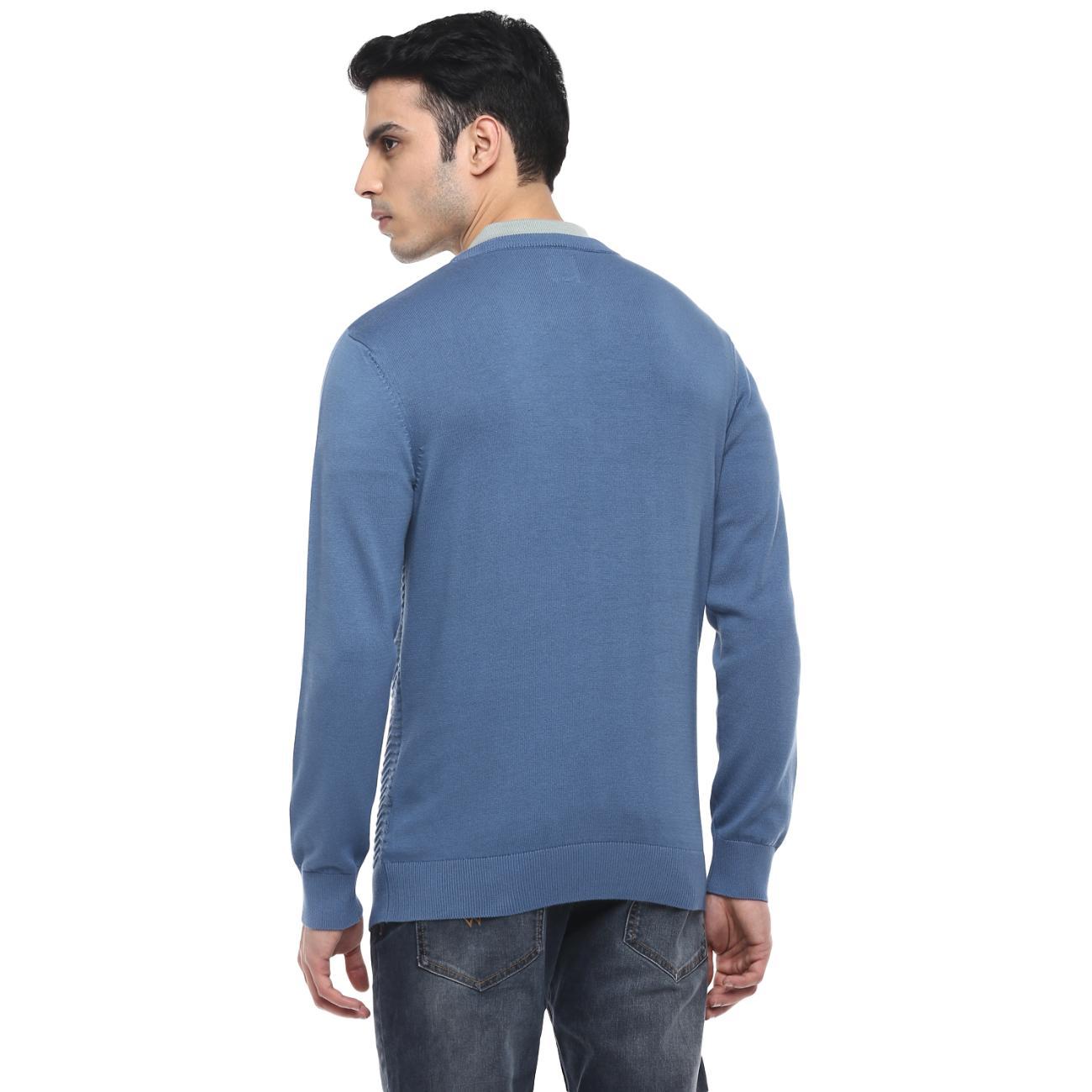 Men's V-neck Blue Casual Sweater Online